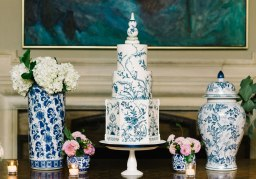 11 bold wedding cakes you can have on your wedding day