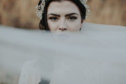 Unique gothic wedding style shoots & inspirations