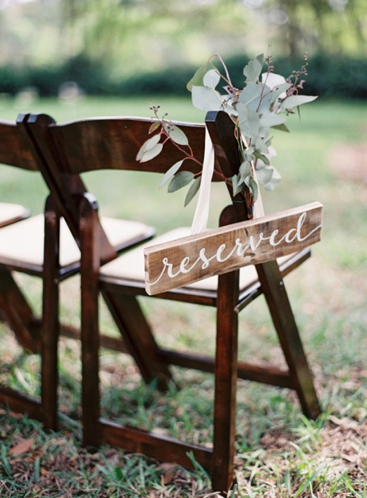wedding-chair-decoration-ideas-with-wooden-reserved-sign