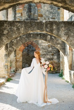 Fall in Love with the Mission San Jose Ruins Styled Shoot