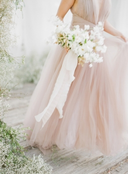 This Divine White Styled Shoot will Soothe Your Soul