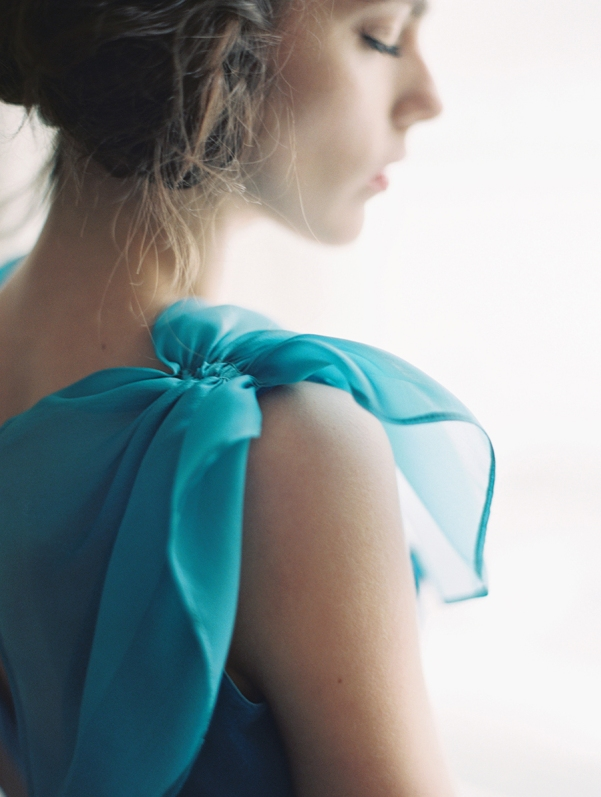 ethereal-wedding-inspiration-with-teal-and-marigold-21