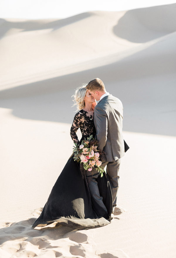 real-sand-dunes-elopement-with-a-black-wedding-gown-22-600x878