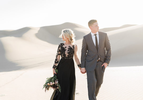 real-sand-dunes-elopement-with-a-black-wedding-gown-27-600x420