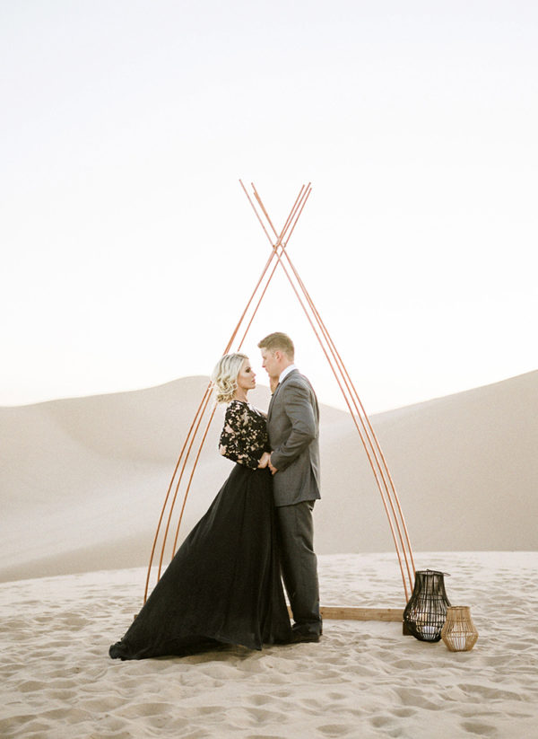 real-sand-dunes-elopement-with-a-black-wedding-gown-55-600x823