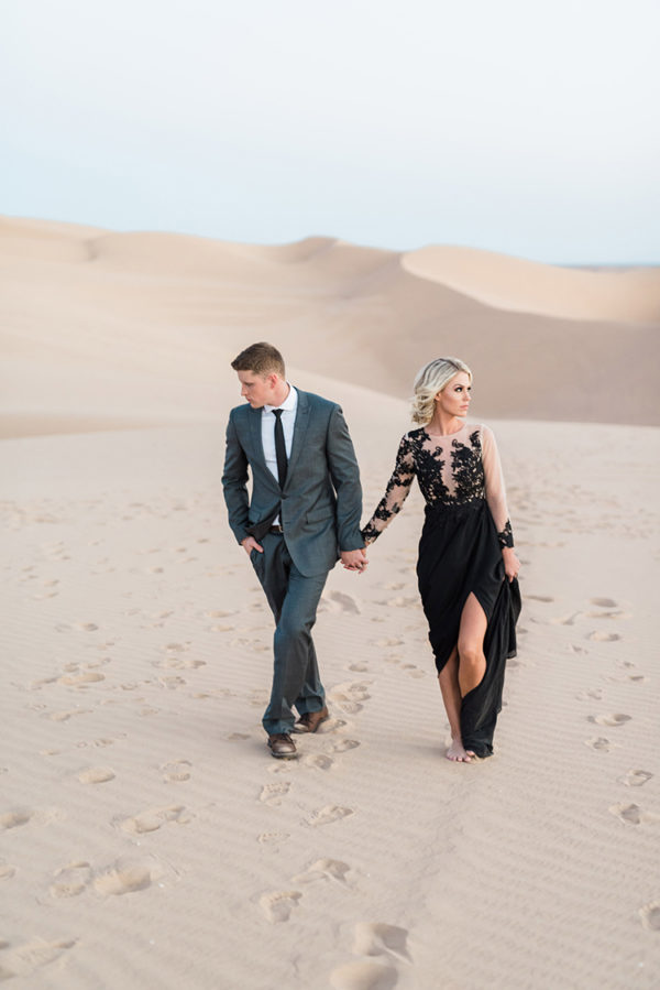 real-sand-dunes-elopement-with-a-black-wedding-gown-69-600x899