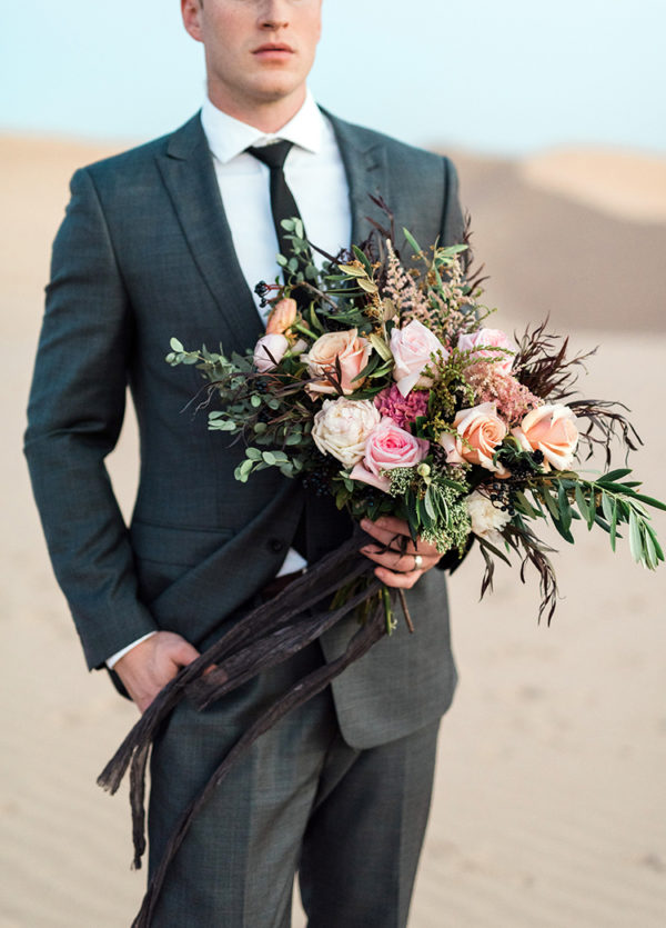 real-sand-dunes-elopement-with-a-black-wedding-gown-70-600x835