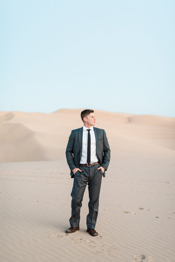 real-sand-dunes-elopement-with-a-black-wedding-gown-71-600x899