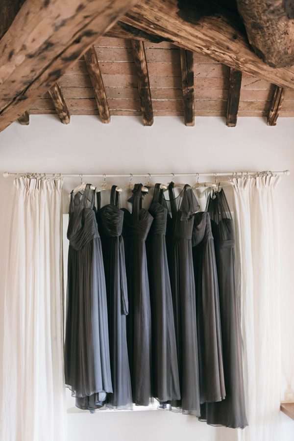 romantic-black-tie-wedding-in-tuscany-08-600x899