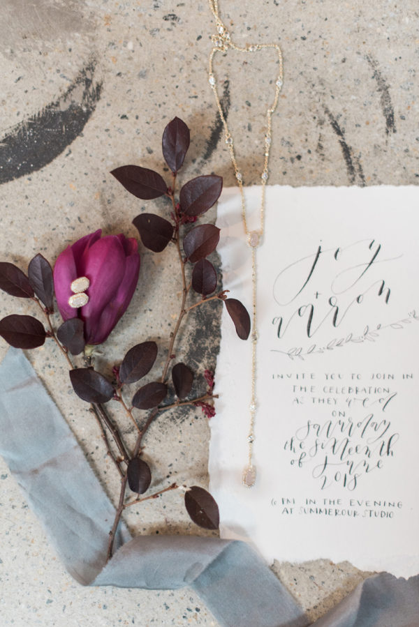 romantic-modern-minimalist-wedding-inspiration-03-600x899