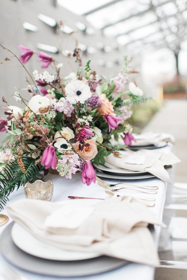 romantic-modern-minimalist-wedding-inspiration-32-600x899