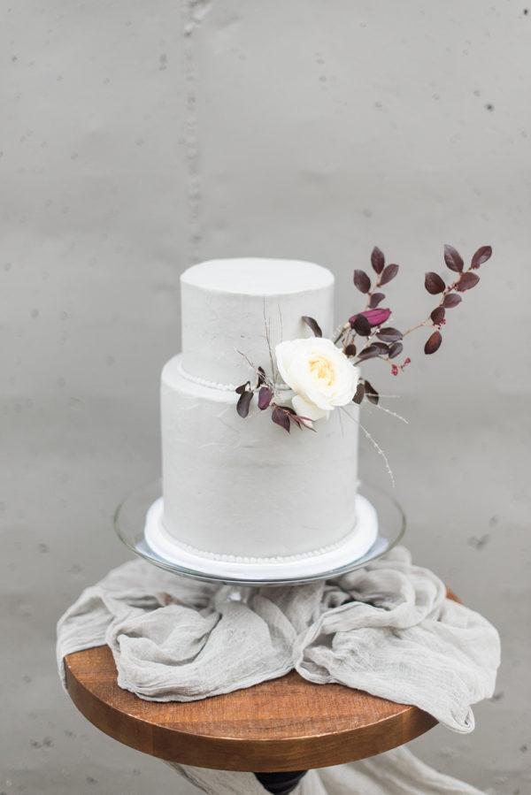 romantic-modern-minimalist-wedding-inspiration-60-600x899