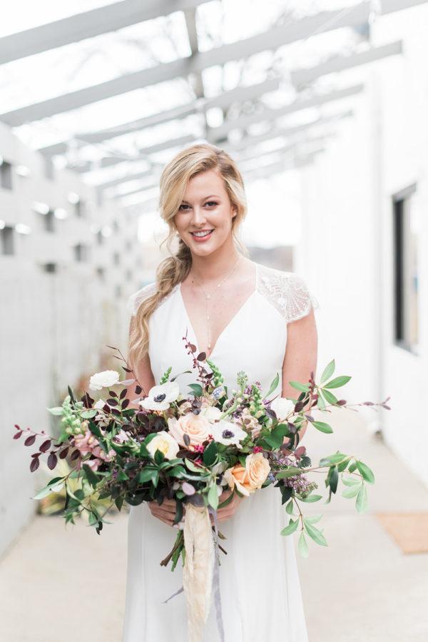romantic-modern-minimalist-wedding-inspiration-62-600x899