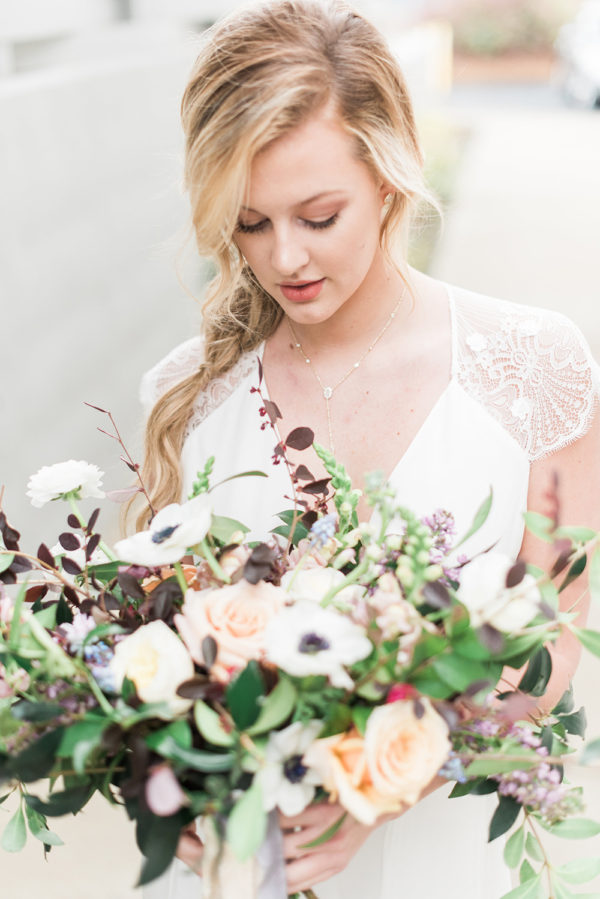 romantic-modern-minimalist-wedding-inspiration-63-600x899