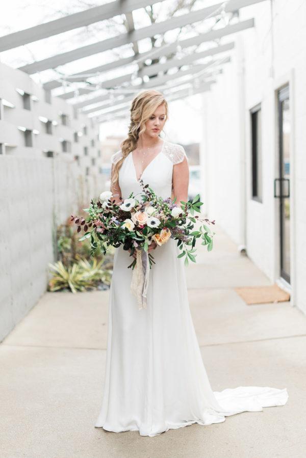romantic-modern-minimalist-wedding-inspiration-67-600x899