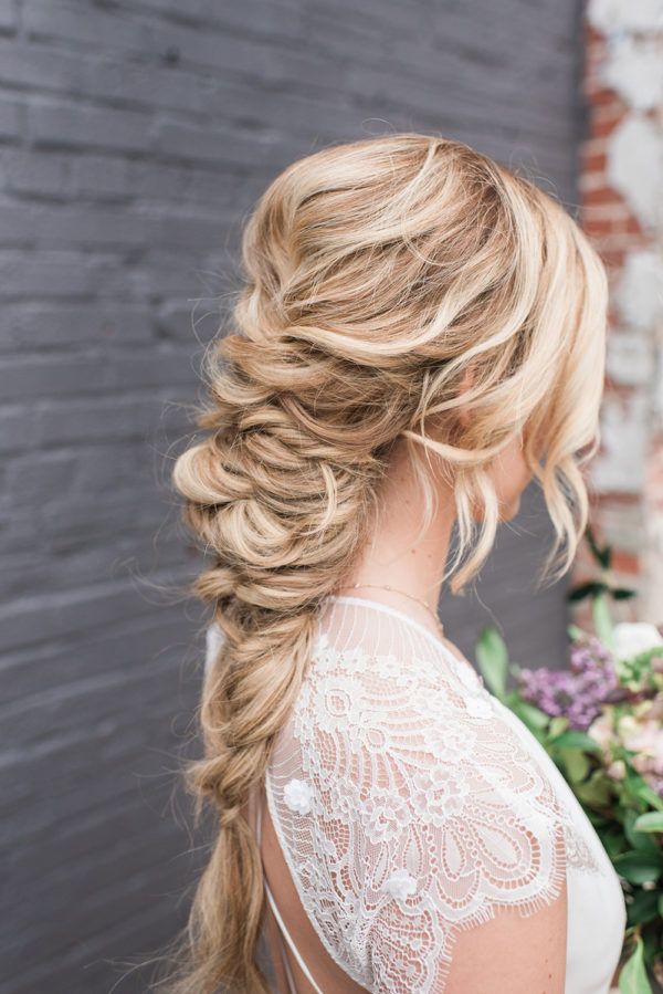 romantic-modern-minimalist-wedding-inspiration-81-600x899