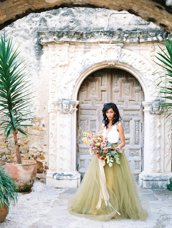 architectural-san-antonio-mission-wedding-inspiration-41