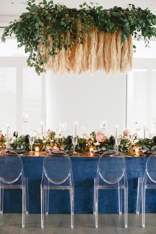 modern-wedding-inspiration-with-a-pampas-grass-chandelier-01