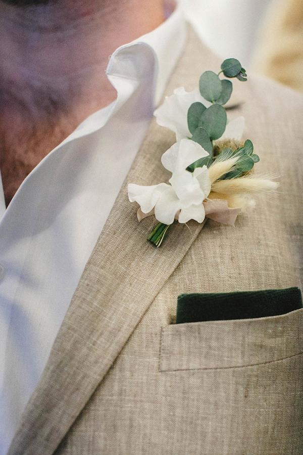 modern-wedding-inspiration-with-a-pampas-grass-chandelier-53