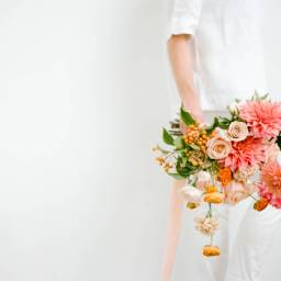 The Prettiest Apricot and Peach Palette for your Wedding