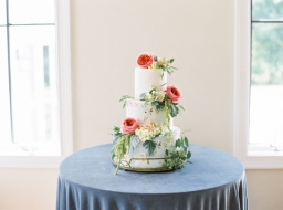 25 Stunning Bright & Colorful Floral Wedding Cakes