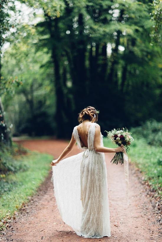 wpid347865-woodland-wedding-elopement-inspiriation-32