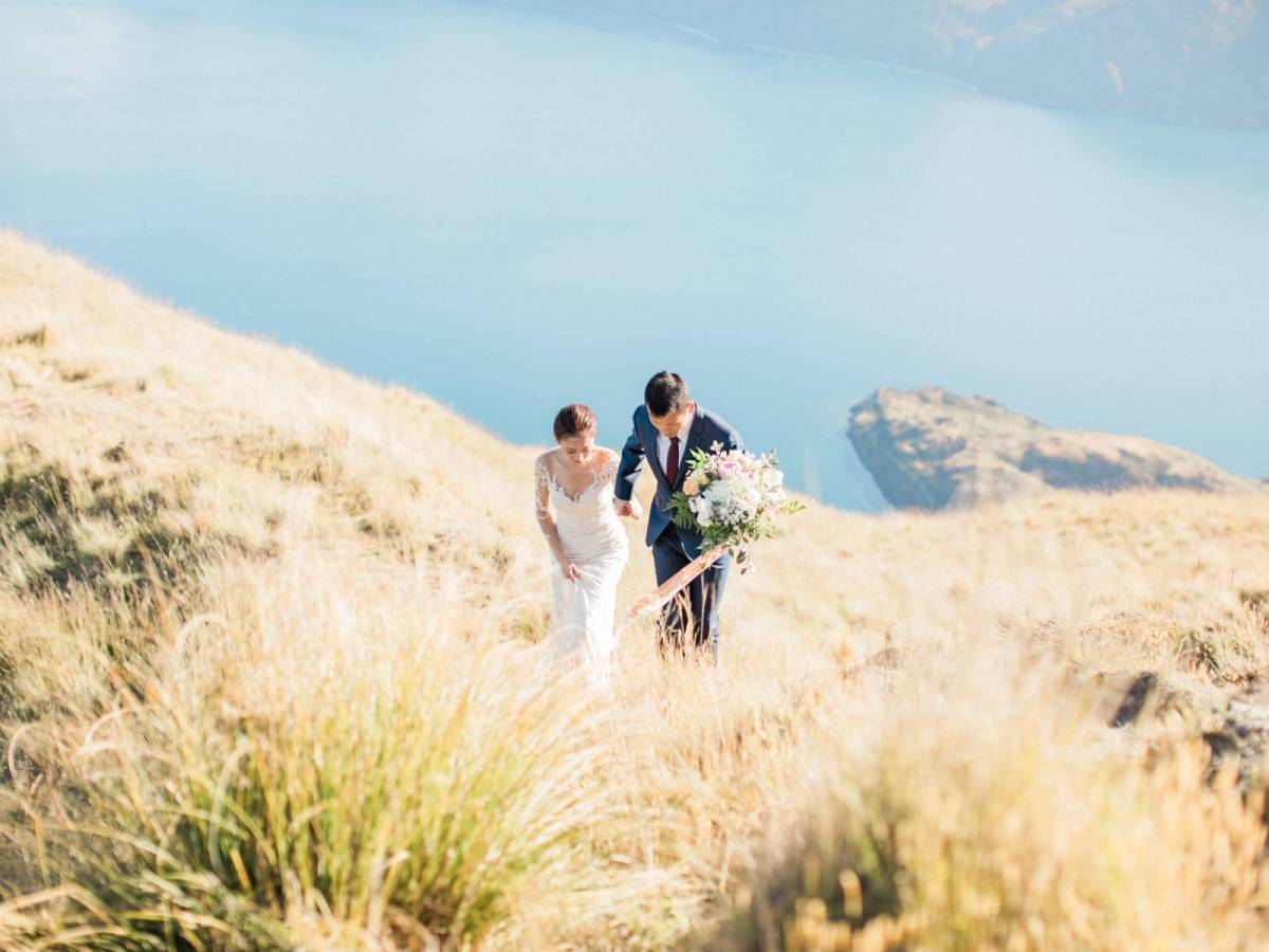 The Most Spectacular New Zealand Engagement Shoot with Stunning Landscape