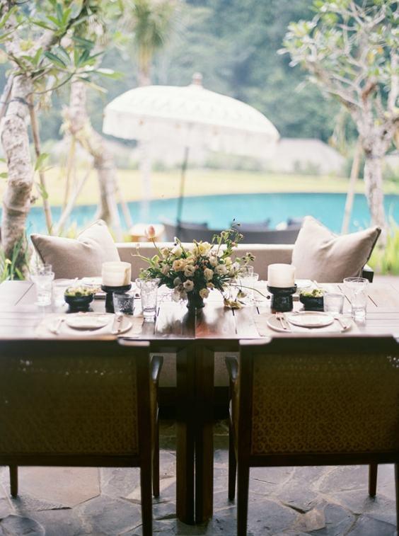 10-outdoor-wedding-dining-1