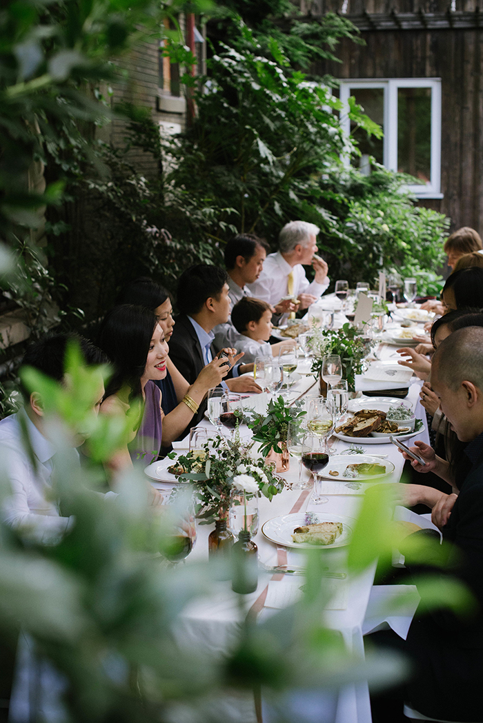 16-intimate-organic-wedding-reception1